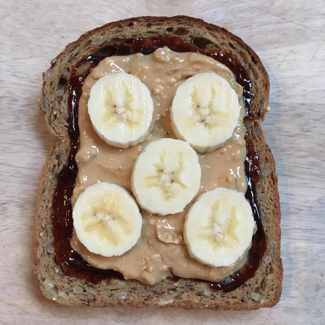 toast, peanut butter and bananas
